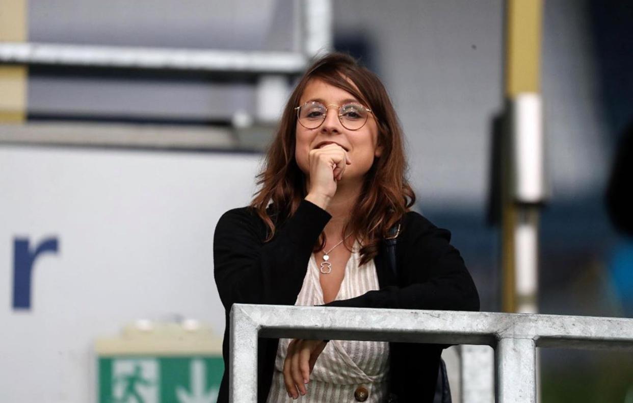 La mujer que más partidos de fútbol ve en España