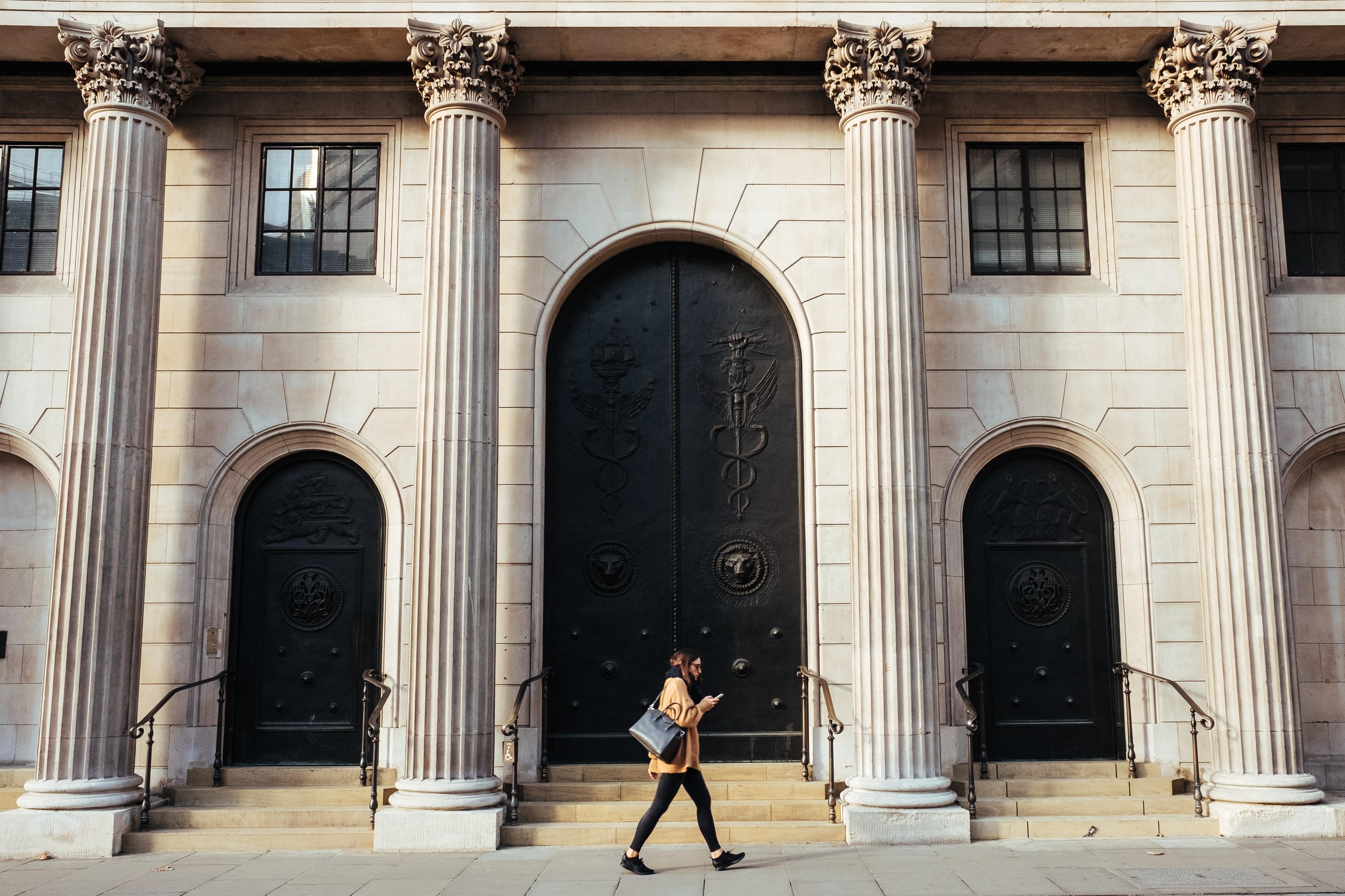 Se acabó la banca personal: bienvenidos a la banca de las personas